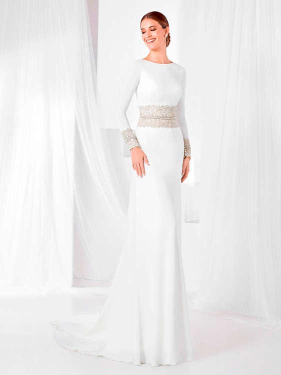comprar vestidos de novia con cola barato en alcalá de guadaíra